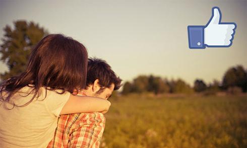 Những cặp đôi chia sẻ ảnh lên Facebook dễ gắn bó hơn
