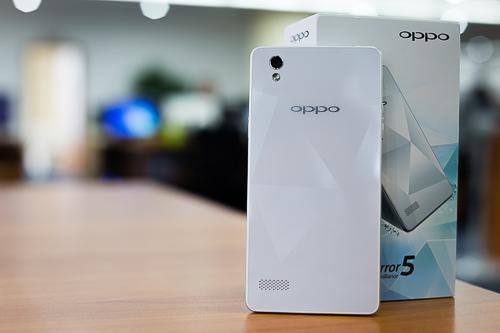 Pin dự phòng MiLi Power: Mở hộp Oppo Mirror – smartphone 'kim cương' 2 sim