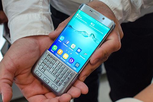Pin dự phòng MiLi Power: Samsung hồi sinh giấc mơ bàn phím vật lý cho smartphone