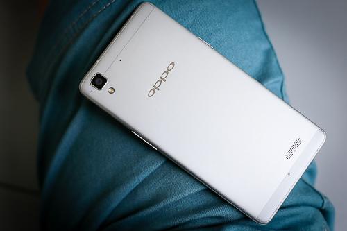5-Oppo-R7-Lite-VnE-5356-9596-1440381628.