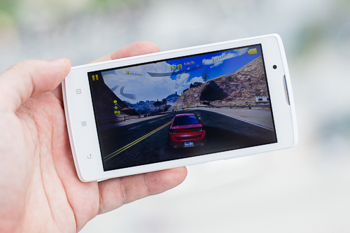 Chiếc smartphone Android hiếm hoi dưới 2 triệu đồng có thể chơi mượt các game nặng như Asphalt 8.
