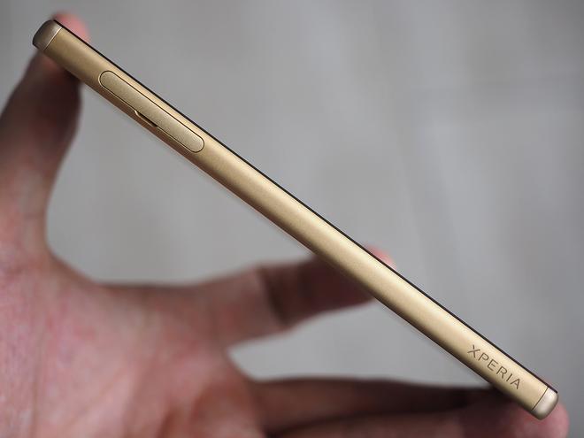 Ảnh thực tế bộ ba Sony Xperia Z5 - 89050