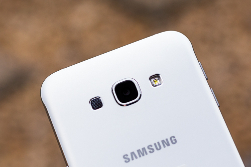 5-Samsung-Galaxy-A8-VnE-4469.jpg