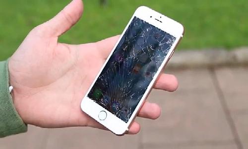 2-thu-do-ben-iphone-6s-va-gala-7381-8340