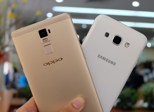 do-camera-giau-mat-galaxy-a8-dau-oppo-r7-plus