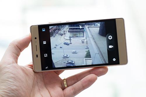danh-gia-massgo-vi5-smartphone-gia-re-kieu-dang-mong-vo-kim-loai-4