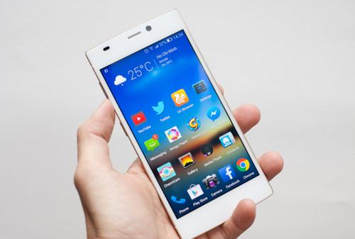 loat-smartphone-man-hinh-full-hd-gia-chua-toi-5-trieu-dong