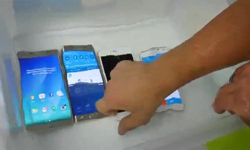 iphone-6s-so-hieu-nang-do-chong-nuoc-voi-galaxy-note-5-s6-edge-2