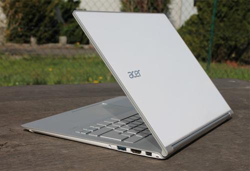 Acer Aspire S7 bản 2015.