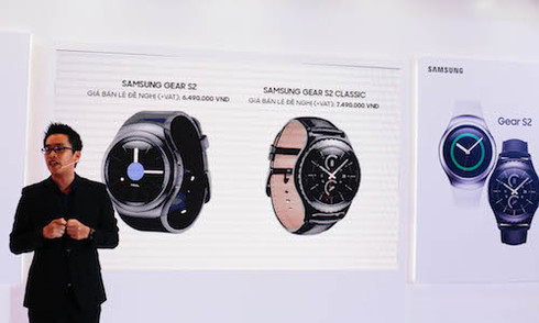 Bộ đôi Samsung Gear S2 có giá từ 6,5 triệu đồng tại Việt Nam