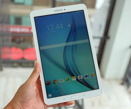 Samsung Galaxy Tab E.