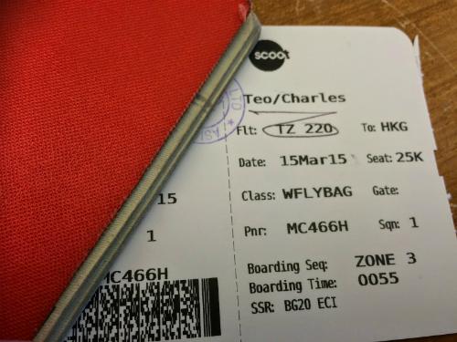 Đăng ảnh vé máy bay lên mạng xã hội - nguy hiểm khôn lường