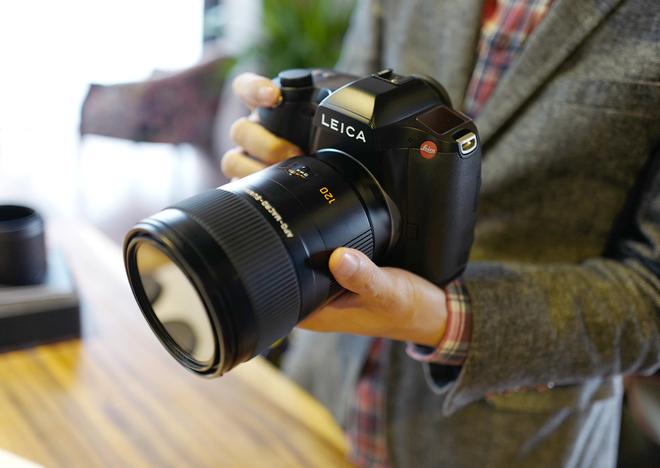 Leica S giá 479 triệu đồng