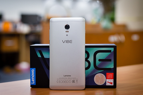 nhung-smartphone-cau-hinh-cao-gia-tot-vua-ve-viet-nam-2