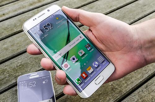 Galaxy S7 sẽ có hai cỡ màn hình, to hơn Galaxy S6