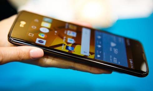 Loạt smartphone đáng chú ý vừa ra mắt đầu năm 2016