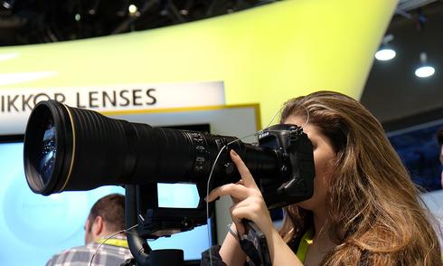 Nikon D5 - máy ảnh chuyên nghiệp hỗ trợ ISO 3 triệu