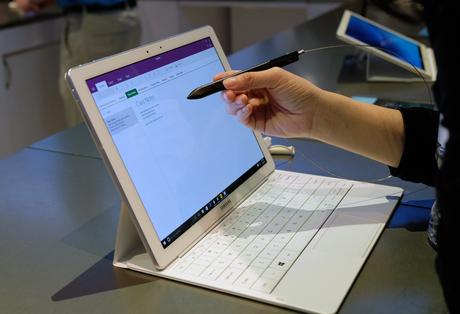 Galaxy TabPro S - đối thủ Surface Pro từ Samsung - 2