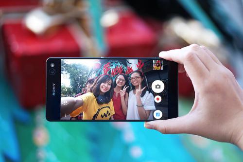 bo-ba-smartphone-sang-gia-xperia-cua-sony-1