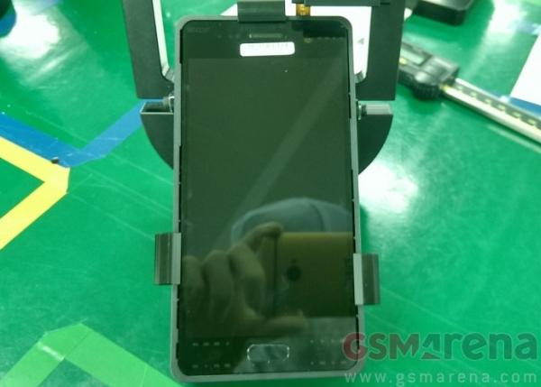 Galaxy S7 rò rỉ camera và màn hình