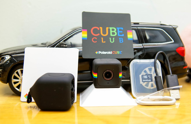Camera hành động kiểu dáng độc đáo của Polaroid