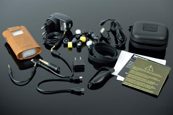 Tai nghe in-ear tĩnh điện đầu tiên thế giới về VN với giá 86 triệu đồng