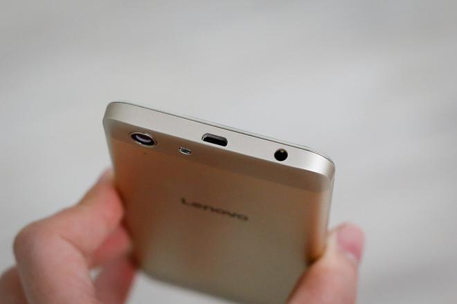 Smartphone màn hình Full HD, loa kép giá 4 triệu đồng