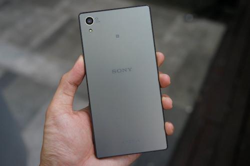 4-smartphone-giam-gia-dang-chu-y-trong-thang-3