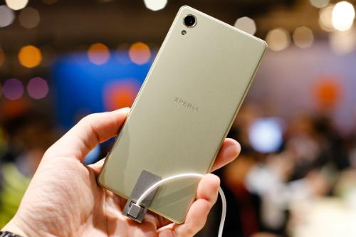 6-smartphone-camera-khung-moi-ra-dau-2016-5