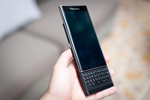 10-smartphone-cao-cap-vua-giam-gia-manh-6