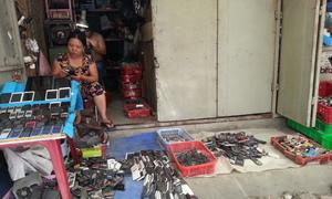 Chợ điện thoại cũ ở Sài Gòn