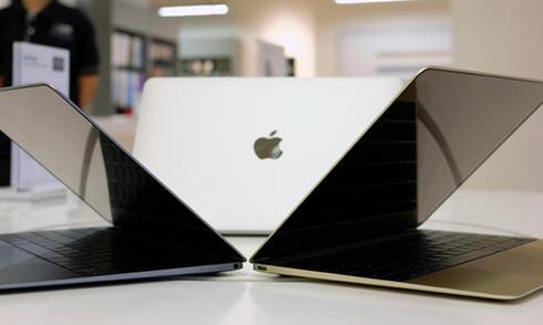 5 laptop mới giảm giá đầu năm 2016