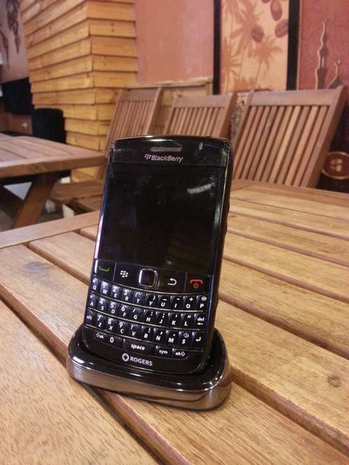 nhung-mau-blackberry-co-van-con-duoc-san-lung-5
