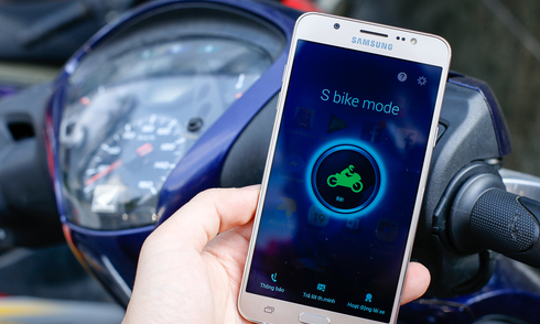 Chế độ an toàn khi đi xe máy của smartphone Samsung