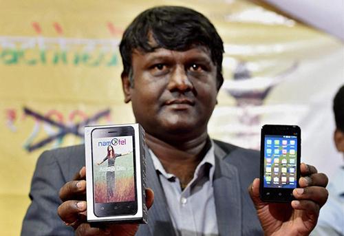 an-do-ra-smartphone-re-nhat-the-gioi-gia-gan-1-5-usd