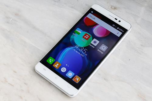 Đánh giá Massgo One - thiết bị di động̣ Android giá thấp Pin Sạc 3.000 mAh