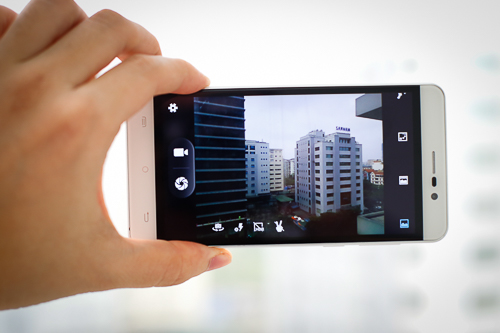massgo-one-smartphone-android-gia-re-pin-3000-mah-4
