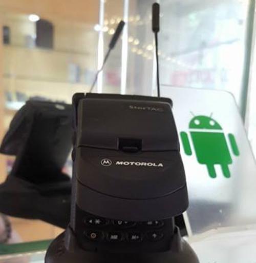 Cchiếc StarTAC vẫn còn hoạt động tốt dù đã ra mắt cách đây 20 năm của Motorola.