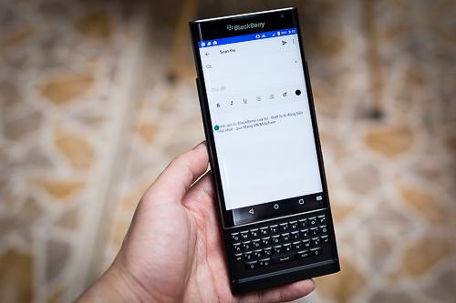 blackberry-cap-nhat-ban-phim-tieng-viet-cho-priv