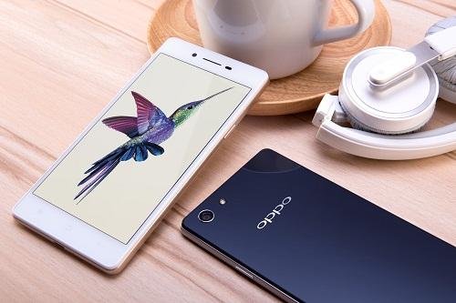 smartphone-oppo-thoi-trang-cho-mua-he
