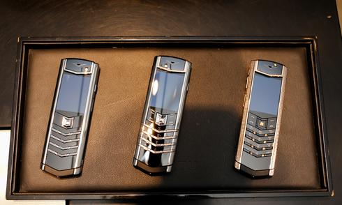 Vertu làm điện thoại riêng cho thị trường Việt Nam