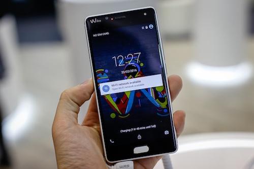 10-smartphone-manh-ho-tro-4g-gia-duoi-4-trieu-dong-4