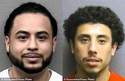 Michael Arce (trái) và Jesse Zelaya (phải).