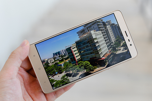 nhung-phablet-gia-re-nhat-thi-truong-1