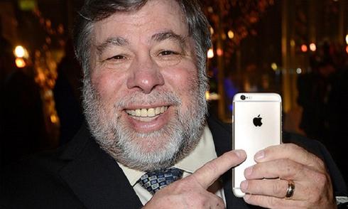 Đồng sáng lập Apple không ủng hộ iPhone 7 bỏ cổng 3,5 mm