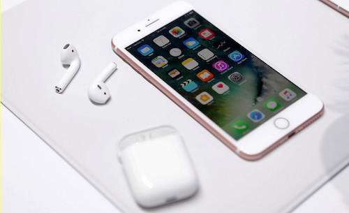 trac-nghiem-iphone-7-va-tai-nghe-moi