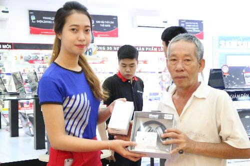 smartphone-galaxy-j7-prime-len-ke-tai-he-thong-fpt-shop
