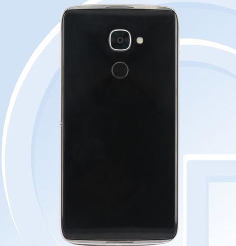 blackberry-sap-ra-smartphone-co-bao-mat-van-tay