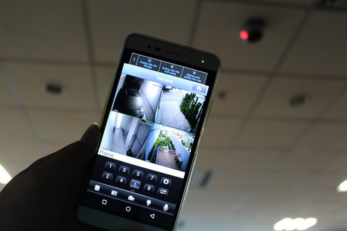Mối nguy hiểm từ camera giám sát giá rẻ