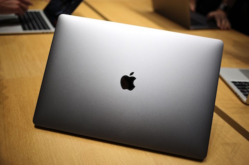 macbook-pro-moi-cat-bot-phu-kien-logo-apple-khong-phat-sang